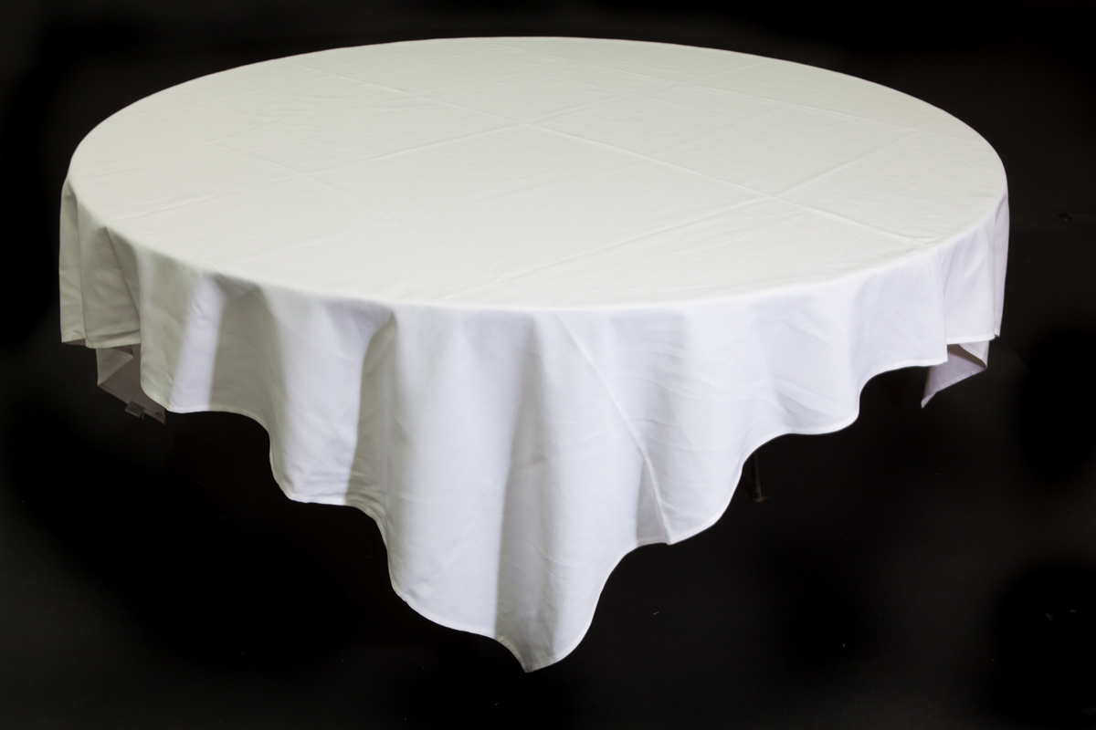 White Tablecloth (square) –  1.8m Round Table