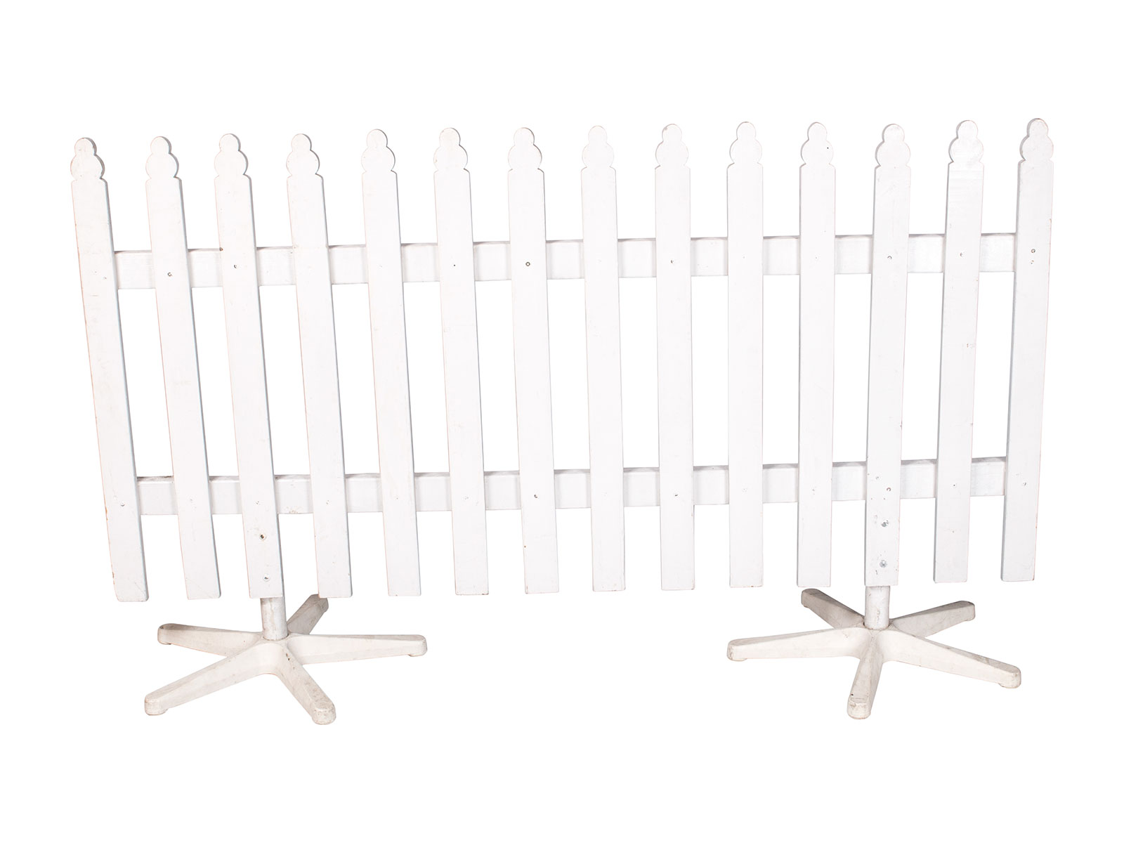 Picket Fence w. Feet – White