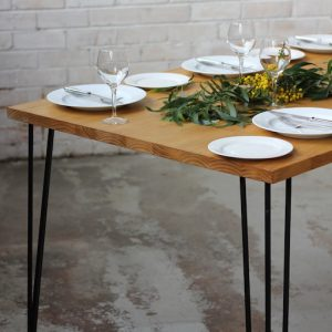 Dining table with Hair pin legs